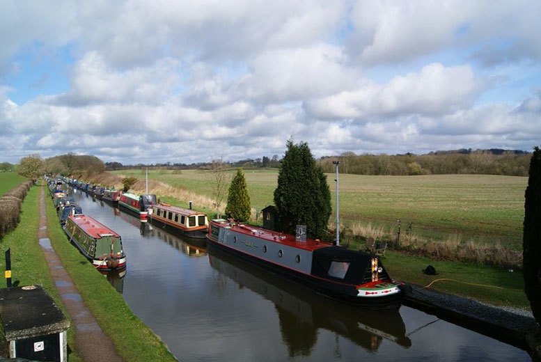 £3.50 for a canal cruise on The Shropshire Star for one person, £7 for two people, £10 for a family of four or from £10 with cream tea with Norbury Wharf - save up to 53%