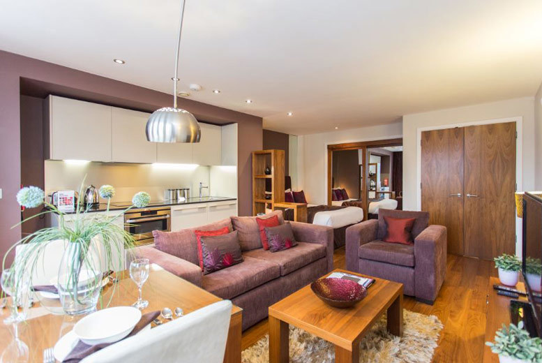 UK City Breaks: 4* Central Leeds Escape, Bottle of Prosecco & Late Check Out for 2