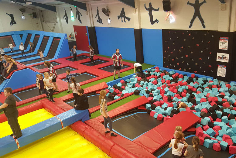 £5 instead of £9 for a one-hour trampolining session at Boing Zone Trampoline Park, Cannock - save 44%