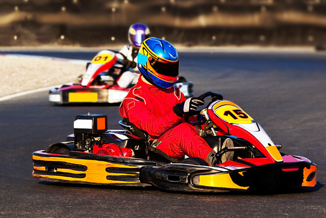 £15 instead of £45 for 50 laps of indoor go-karting inc. all race wear at Karting 2000, Manchester - save a speedy 67%