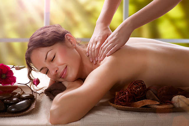 £14 for a 1-hour Thai foot massage or £16 for a 1-hour Thai full body massage at Sunshine Authentic Thai Treatment, Mansfield - save up to 60%