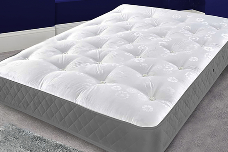 Arcadian Tuffted Memory Foam Mattress – 4 Sizes! (£59)