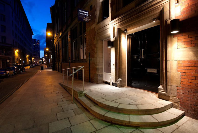 UK City Breaks: 4* Boutique Liverpool Stay & Wine for 2 @ Heywood House Hotel