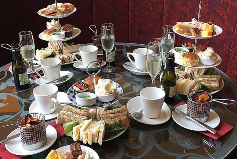 Restaurants & Bars: Afternoon Tea for 2 @ Reeds Restaurant - Sparkling Option!