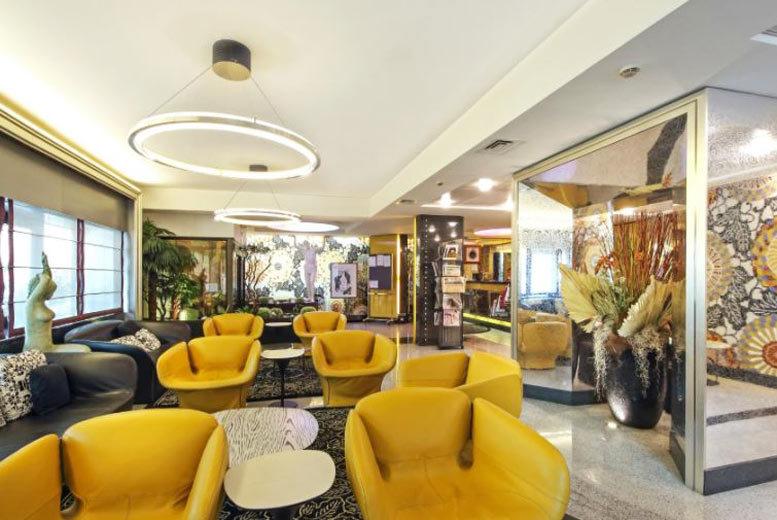 European City Breaks: 2-3nt 4* Milan Escape, Breakfast & Flights - Outlet Shopping Option!