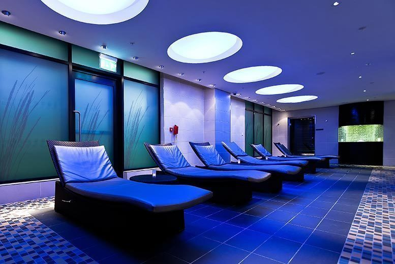 Beauty: 4hr Spa Day, Mud Chamber & Bubbly – Upgrade for 2!
