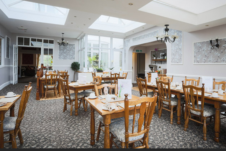 UK City Breaks: 1-2nt Loughborough Stay & 2-Course Dining for 2