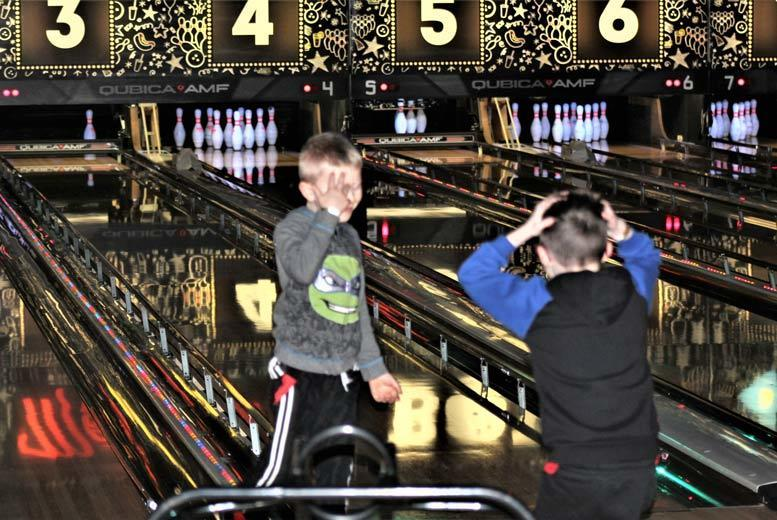Activities: Bowling for up to 6 @ Metrodome Bowl, Barnsley