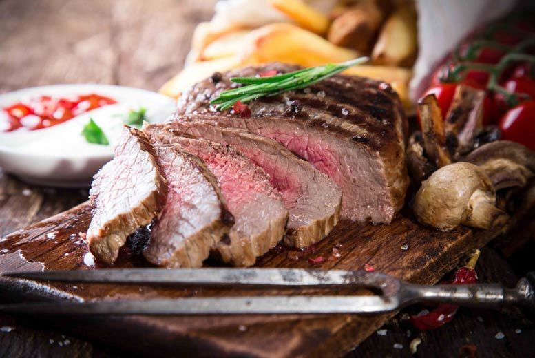 Restaurants & Bars: Steak for 2 & Bottle of Wine to Share @ The Square, West End