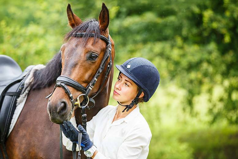 Activities: Horse Riding Lessons For 1 Or 2 @ Croft Riding Centre, Warrington