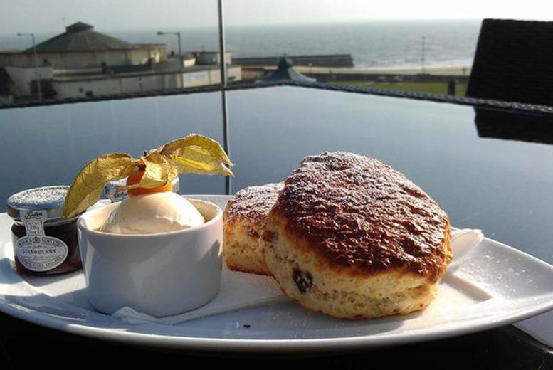 £49 (at The Cliff Hotel) for a 1nt stay for 2 in a deluxe room inc. b'fast & afternoon tea, £89 for 2nts, £199 for bridal suite - save up to 57%
