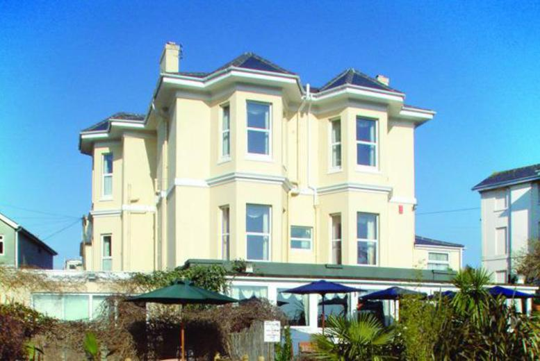 £79 (at The Cimon) for a 2nt stay for 2 people in a seaview room inc. b'fast, £99 for a superior room inc. b'fast & welcome drinks - save up to 47%