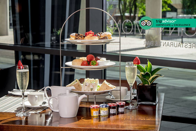 Restaurants & Bars: Afternoon Tea for 2 @ The Hilton Canary Wharf - Bubbly Upgrade!