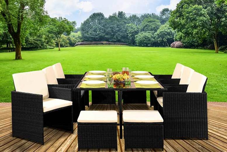 11pc Cube Rattan Dining Set with Optional Cover – 4 Colours! (£440)