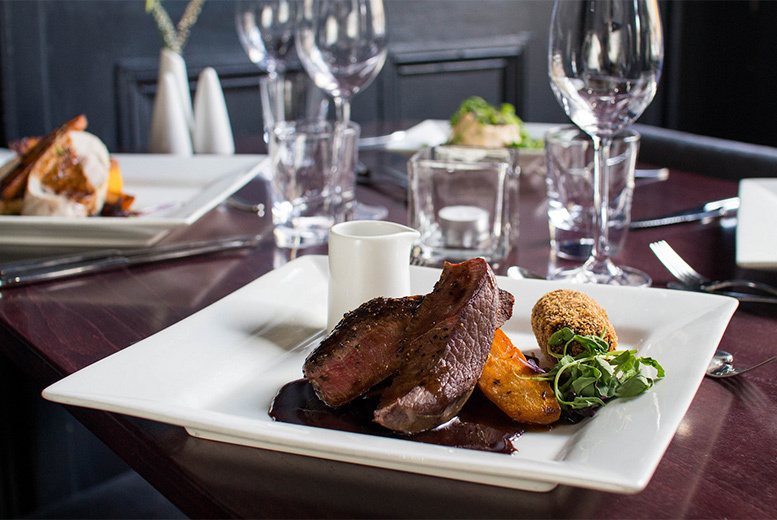 Food and Drink: 3-Course Seasonal Meal For 2 @ No 11 Brasserie, Edinburgh