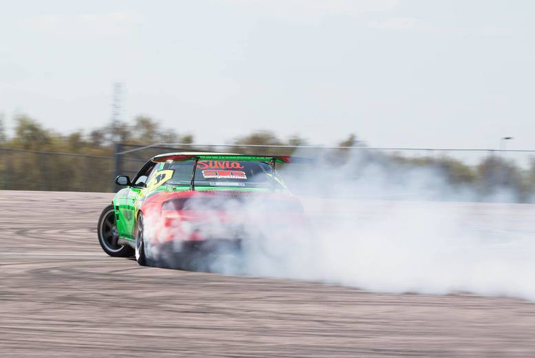 Activities: 4hr Drift Experience @ Learn2Drift - 4 Locations!
