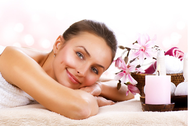 £15 for a body wrap and use of spa facilities, or £19 for a facial, massage and use of spa facilities at ToneUp Lounge