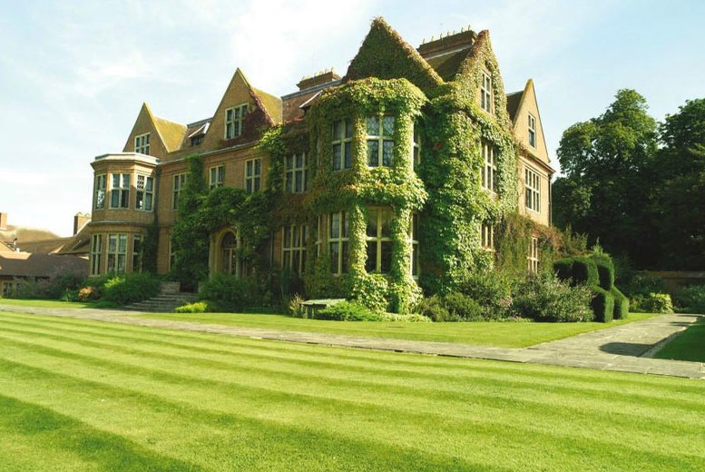 Spas & Country House: De Vere Horwood Estate - Dining, Prosecco & Afternoon Tea Options!