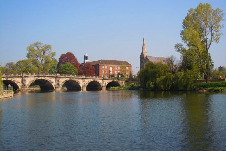 Entertainment: 2hr River Severn Picnic Boat Hire for up to 10