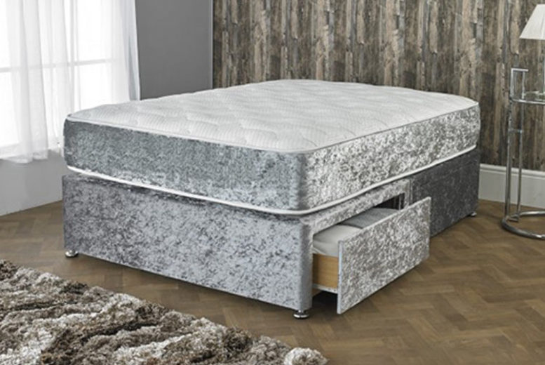 Velvet Coil Spring & Memory Foam Mattress – 3 Colours & 6 Sizes! (£49)