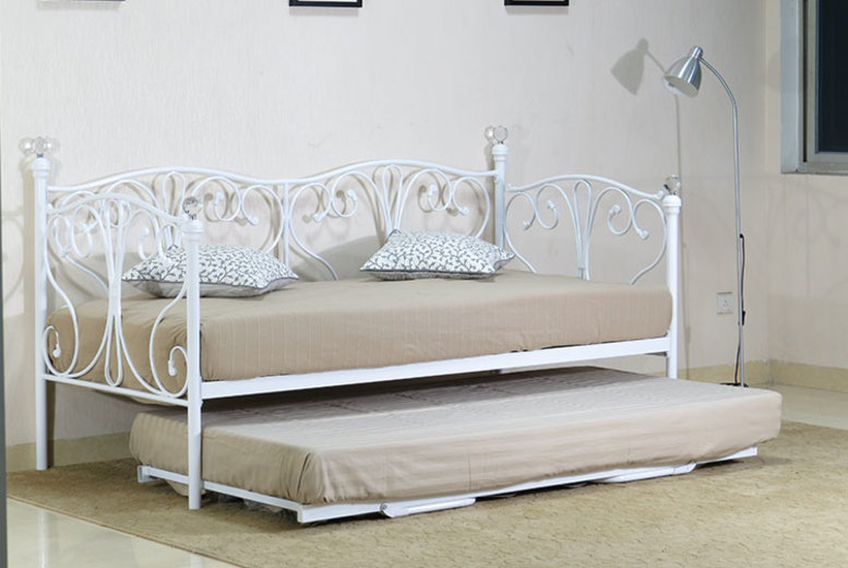 From £115 instead of £459.99 (from UKFurniture4U) for an Olivia daybed with trundle and frame – save up to 75%