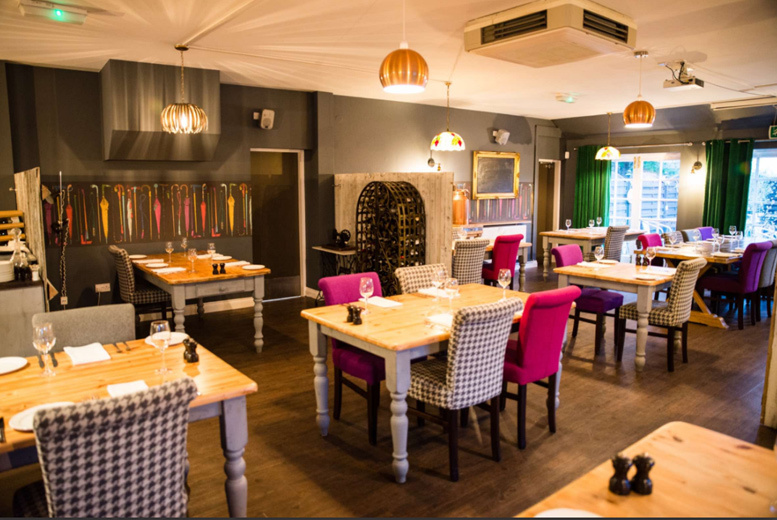 Restaurants & Bars: 2-Course Lunch For 2 or 4 @ Poacher's Brasserie - Prosecco Option!