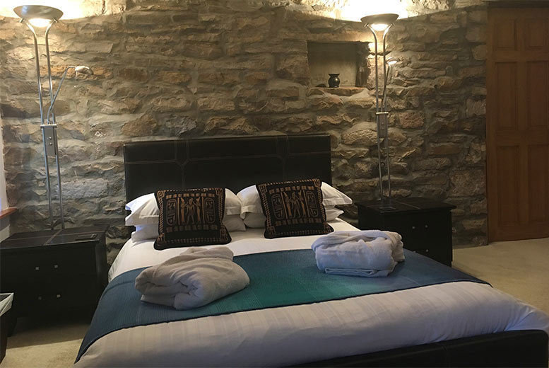 Spas & Country House: 5* Yorkshire Dales Break, 2-Course Dinner & Breakfast for 2