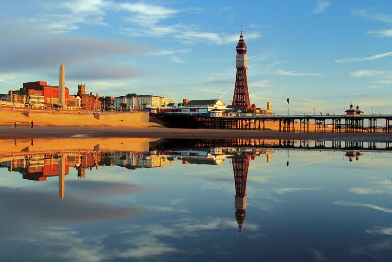 UK Seaside: Blackpool Stay, Dinner, Prosecco & Breakfast for 2 - Family Option!
