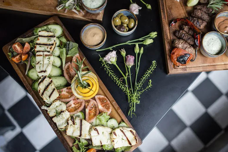 Restaurants & Bars: 'Bottomless' Brunch for 2 @ House of Kai - Prosecco or Cocktails!