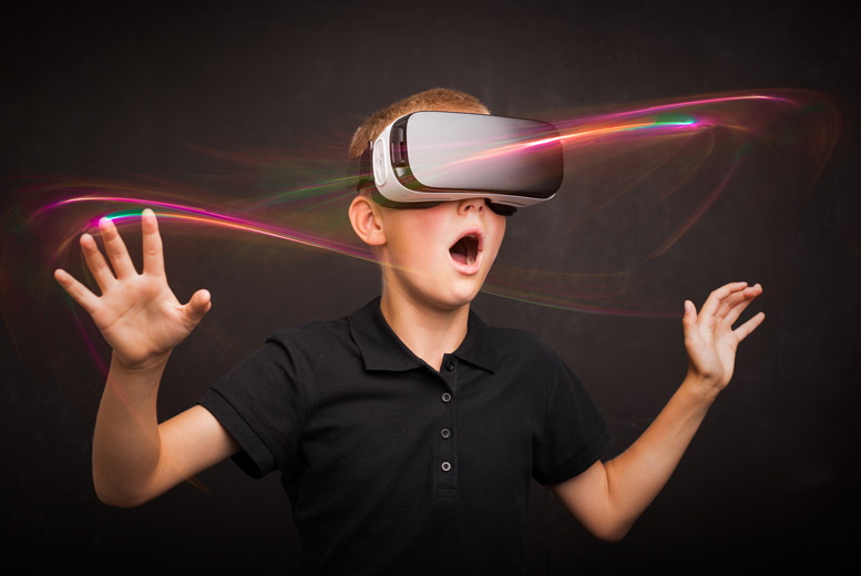 Activities: 1hr VR Gaming Experience @ Centre VR, Bournemouth - Up To 4 People!