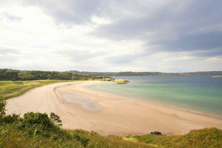 Spas & Country House: 1-3nt Highlands Stay, 3-Course Dining & Wine for 2 @ Gairloch Hotel