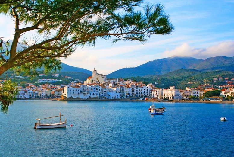 Beach Holidays: 2-5nt Costa Brava Apartment Escape & Flights - Calella Coast!