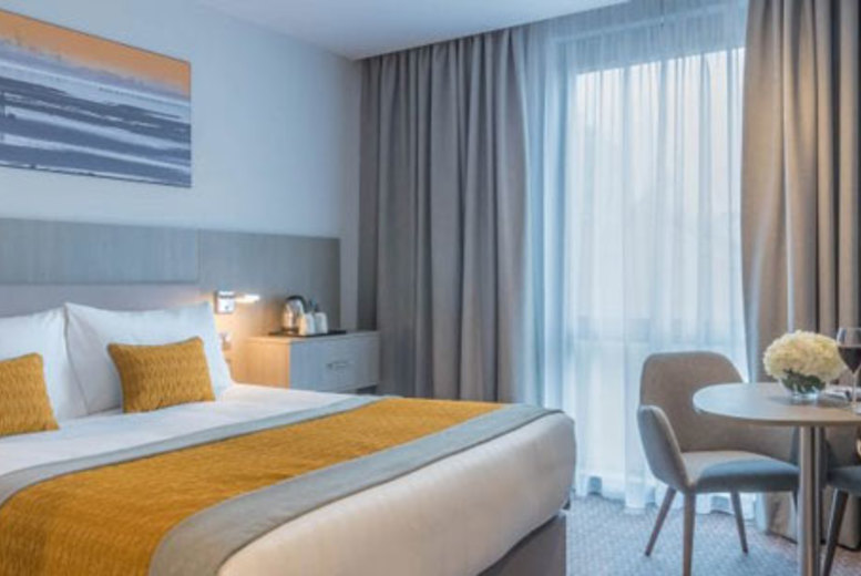 Ireland: 1-2nt 4* Maldron Hotel Belfast City Stay, Dining & Late Check Out for 2