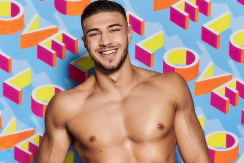 Entertainment: Ticket to An Afternoon with Love Island's Tommy Fury @ The Lancastrian Suite – VIP Ticket Options!