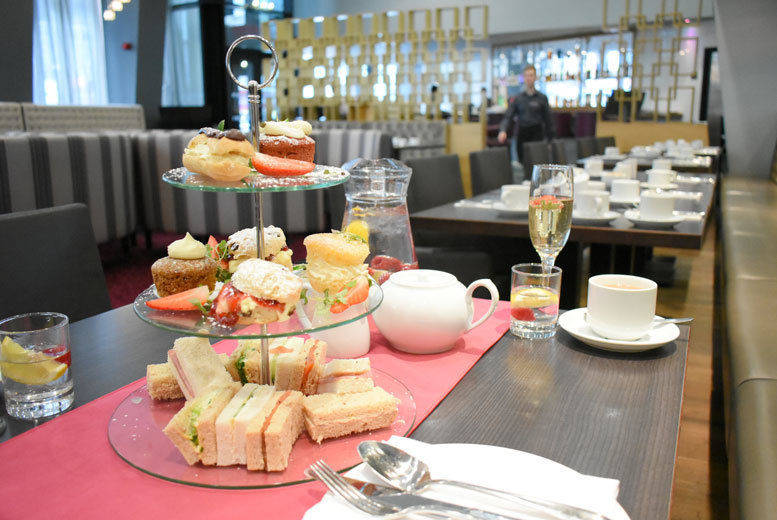 Restaurants & Bars: Afternoon Tea for 2 @ 4* Crowne Plaza Manchester - Prosecco Option!