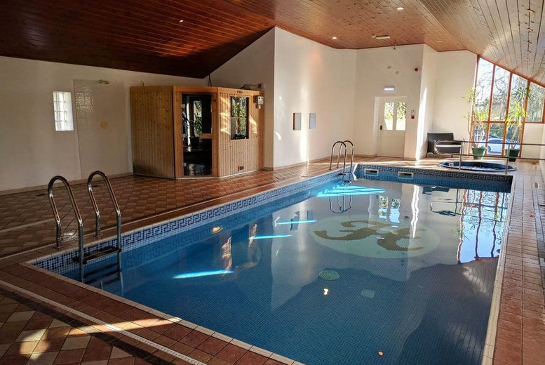Spas & Country House: Lake Windermere Stay, Breakfast & Dining for 2 - Lake View Upgrade!