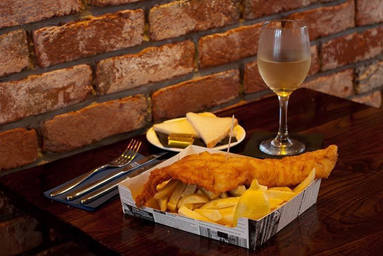 Restaurants & Bars: Fish Supper & Drinks for 2 or 4 @ The Chippy Doon The Lane