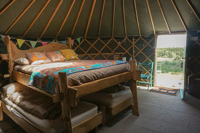 Spas & Country House: 1-2nt Ripon Yurt Stay & Hot Tub Access for up to 5