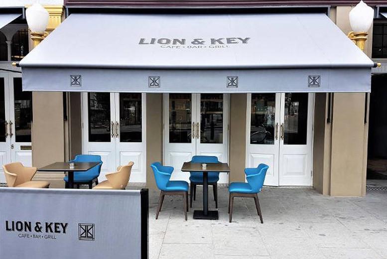 UK City Breaks: East London Boutique & Breakfast for 2 - Near Westfield Shopping!