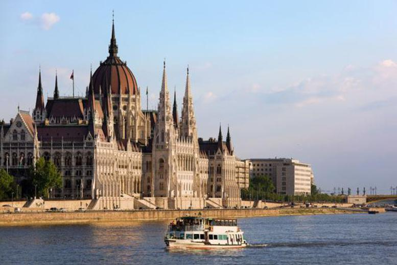 From £99pp instead of up to £168.90pp (from iFly) for a 2nt Budapest break inc. b'fast & flights, 3nts for £129pp - save up to 41%