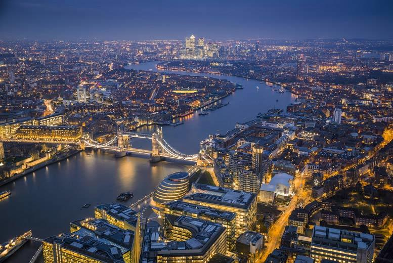 UK City Breaks: 4* London Break, Breakfast & Phantom of the Opera West End Show