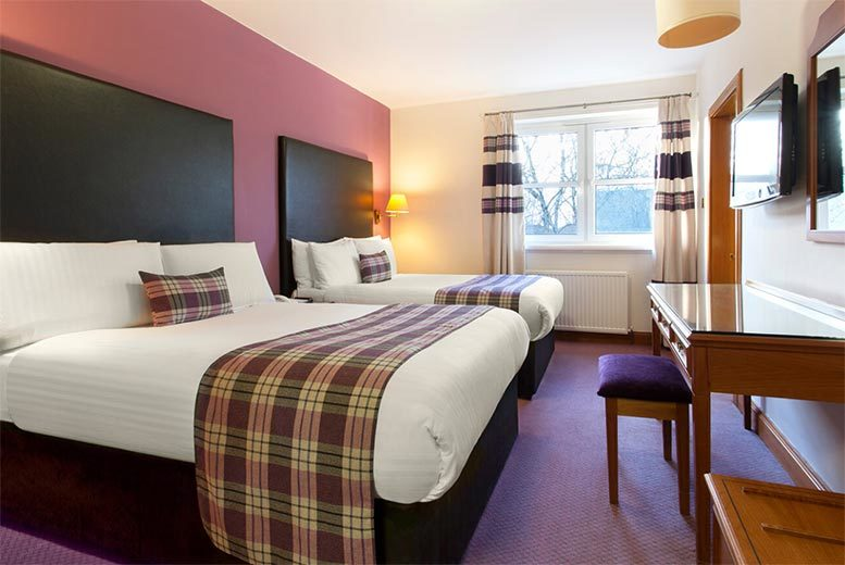 UK City Breaks: 1-2nt Bothwell Bridge Stay, 2-Course Dining, Wine & Late-Check Out