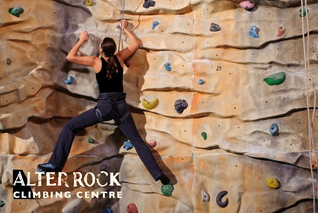 £19.99 instead of £50 for a 1 hour taster session for 4 people at Alter Rock Climbing Centre, Derby – save a rocking 60%