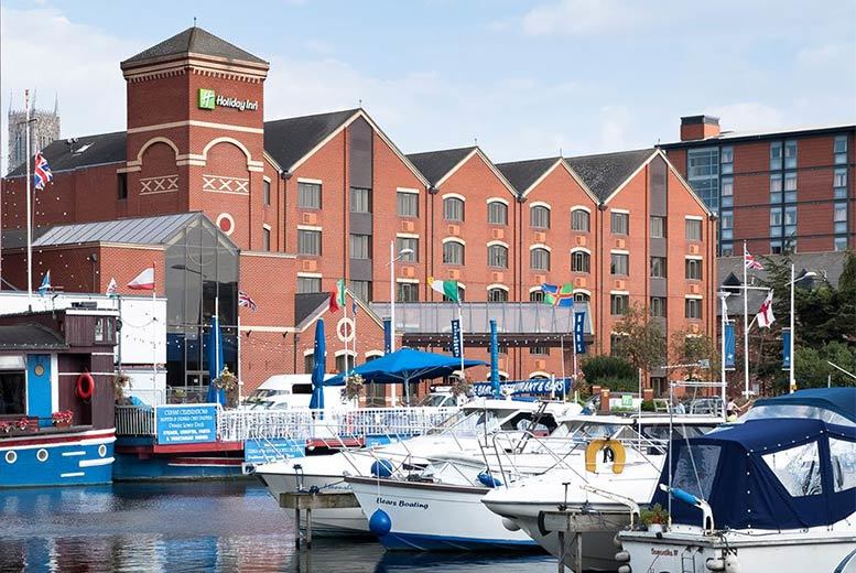 Restaurants & Bars: Afternoon Tea for 2 @ Holiday Inn Lincoln - Prosecco Option!