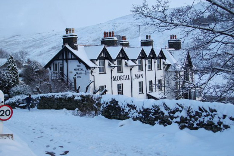 Spas & Country House: 1-2nt Lake District Stay & Breakfast for 2 @ The Mortal Man, Troutbeck