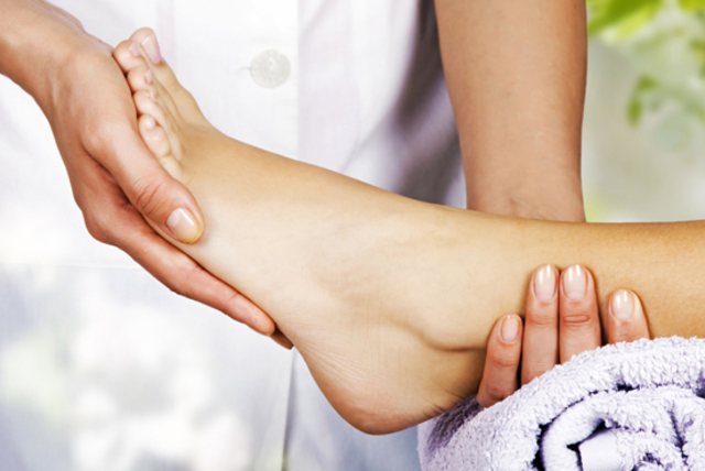 £18 instead of £45 for a one-hour reflexology session at Body & Sole Day Spa, Ealing - save 60%