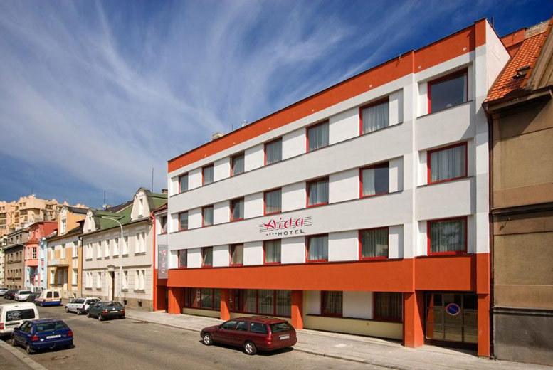 European City Breaks: 4* Central Prague Escape, Breakfast, River Vltava Cruise & Flights