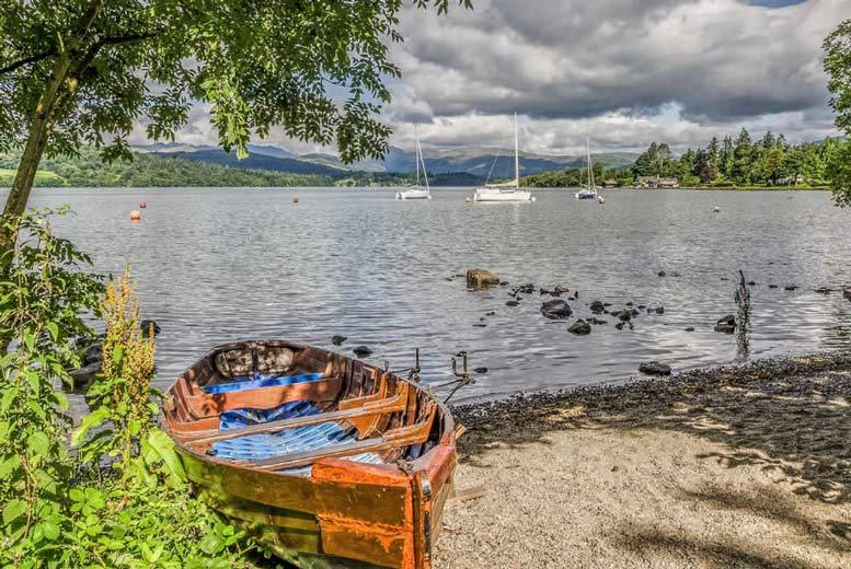 Spas & Country House: 4* Lake District Getaway, Dining, Leisure Access & Windermere Cruise