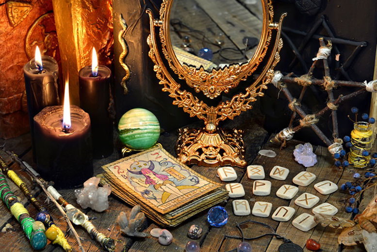 Entertainment: 12 Month Tarot Card Email Reading!