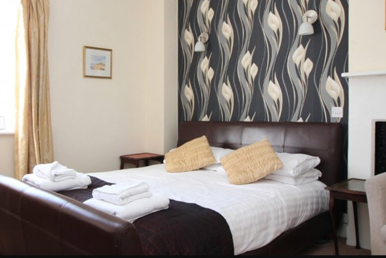 Spas & Country House: Northumberland Escape, Cheese & Wine Tasting & Late Check Out for 2